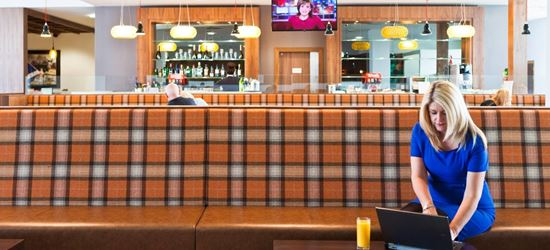 The Upperdeck Airport Lounge Bar in Glasgow Airport